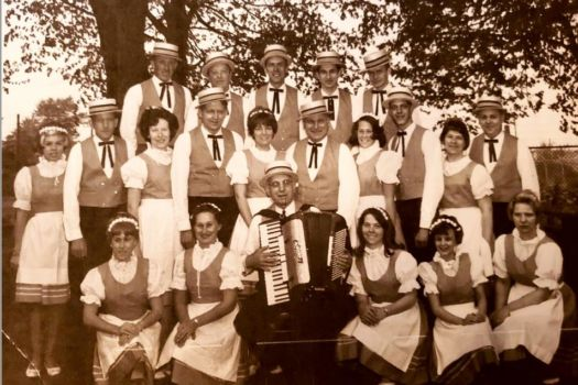 group with accordion